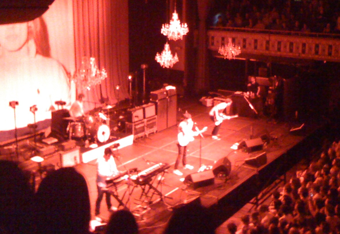 Dates Vampire Weekend Tour 2011