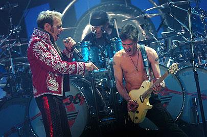 Show 2011 Van Halen