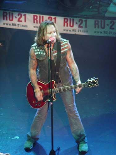 Vince Neil Concert