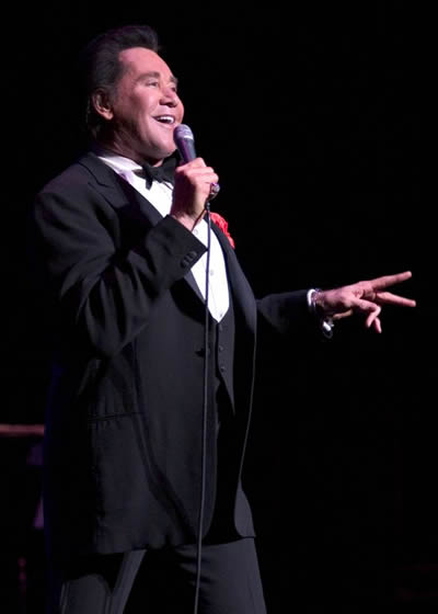 Dates 2011 Wayne Newton
