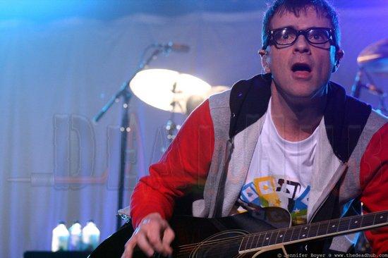 Dates 2011 Tour Weezer