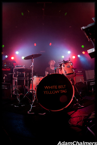 White Belt Yellow Tag King Tuts Wah Wah Hut