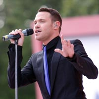 Will Young 2011 Show