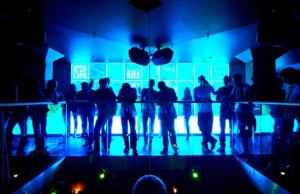 Dates 2011 X Raves
