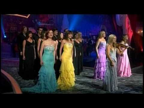 Celtic Woman - Christmas Pipes (A Christmas Celebration 2006) ++@2`E~8~g^32