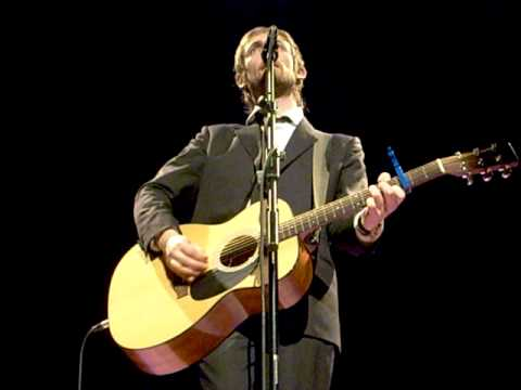 Neil Hannon - A Lady of a Certain Age (Warwick Arts Centre, Coventry - 17/11/2010)