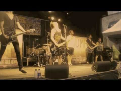 (Best Quality) Abandon All Ships - Take One Last Breath (Live at Bluesfest 2010)