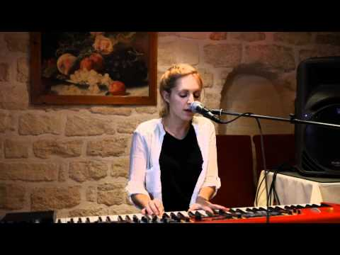 Agnes Obel - Riverside (Froggy`s Session)