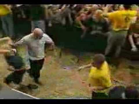 Agnostic Front - Crucified @ Dynamo Festival