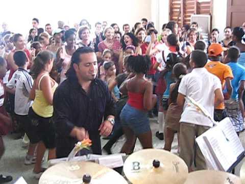 Big Band Beeg Cuba