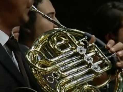 Part 3/6 - Alisa Weilerstein, Gustavo Dudamel, Sim�n Bol�var Orch. - Dvo?�k Cello Concerto