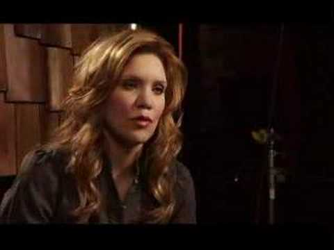 Alison Krauss and Robert Plant Duet for Raising Sand