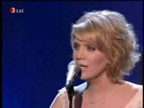 Alison Krauss & Union Station, CMA 2005 - My Poor Old Heart