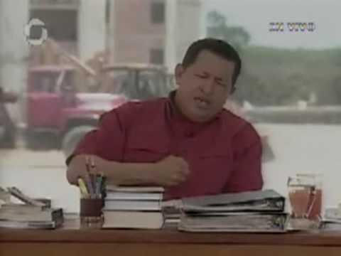 Hugo cantando / Hugo Chavez sings