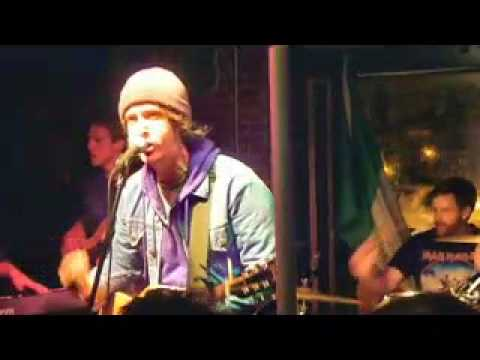 American Aquarium - Born To Run (Bruce Springsteen Cover)