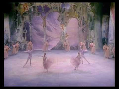 4/6 Tchaikovsky - The Nutcracker (Mikhail Baryshnikov) 1977