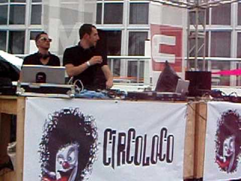 Matthias Tanzmann & Davide Squillace at Circoloco Oficial WMC Pool Party 2010 @ Eden Roc Miami