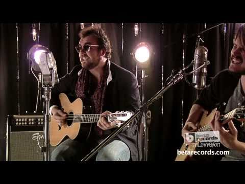 Andy Clockwise - Everybody`s in a Band ( Live Acoustic Music Video )