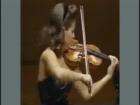 "Anne-Sophie Mutter--""Devil`s Trill"" 1/2"