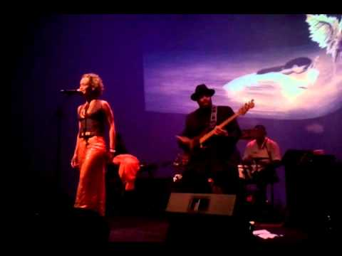 Gina Breedlove at Apollo Music Cafe