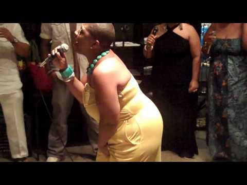"Avery Sunshine performing ""Pinin`"" at 1st Hit Listening Lounge (Atlanta, GA) - 6/28/10"