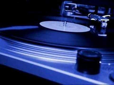 Deep House Music: Bryan O`Quinn - More to Life pt 2 (Remix Univers Warped )