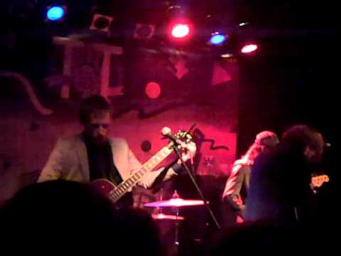 """Bad Books covering Built To Spill`s """"The Plan"""" at TT the Bear`s Place"""