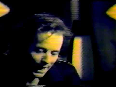 Barney Bentall - Livin in the 90`s