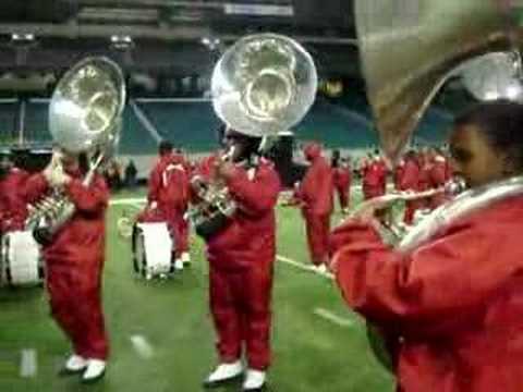 Tuskegee`s Tubas ( Tuba Funk) playing a fanfare
