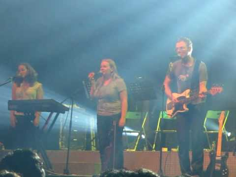Belle and Sebastian - Legal Man (live in Jakarta)
