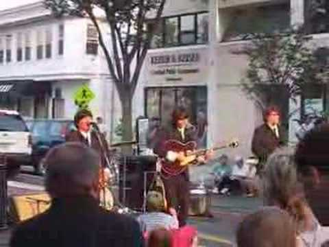 Beatlemania Returns - I Saw Her Standing There - The Beatles