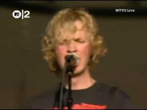 Beck - Loser (Live 2003)