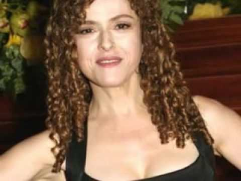 Bernadette Peters - Falling In Love With Love