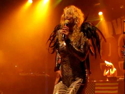 """Tik Tok"" (Live) - Ke$ha - San Francisco, Regency Ballroom - April 4, 2010"