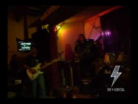 BIG BALLS - You Shook Me All Night Long (AC/DC Cover) - 06/26/2010 - PERU