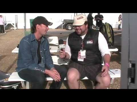 Mike`s Backstage at Big Valley 2008 P.4 w/Paul Brandt