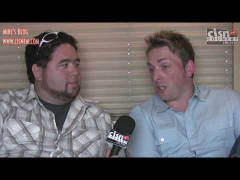 Mike McGuire Backstage @ Big Valley 2009 Episode 2 - Johnny Reid and Glen Campbell!