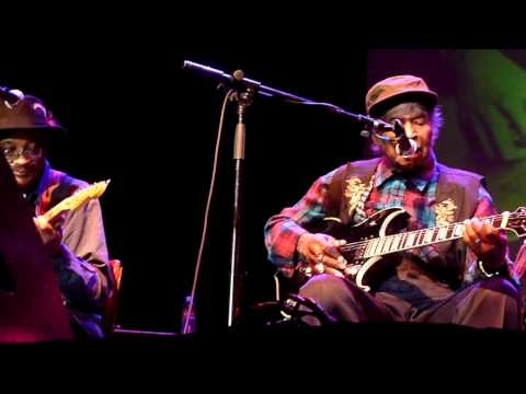 "Honeyboy Edwards & Hubert Sumlin at ""Blues at the Crossroads 2011"" SF"