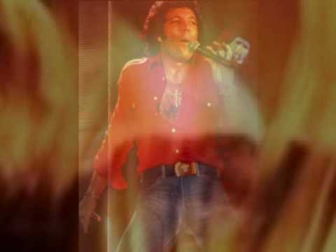 TOM JONES - RING OF FIRE