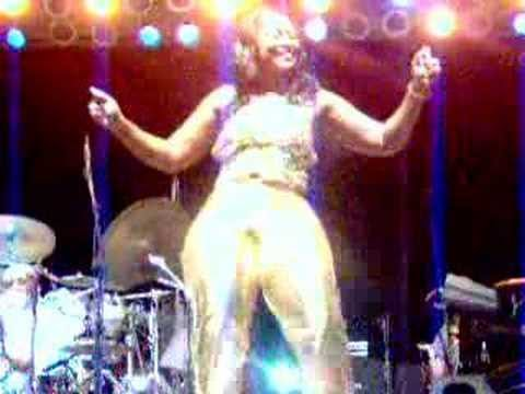 BOBBY RUSH DANCER MIZZ LOWE IN GREENVILLE MS.