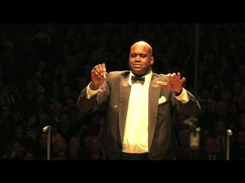 Shaquille O`Neal Conducts The Boston Pops