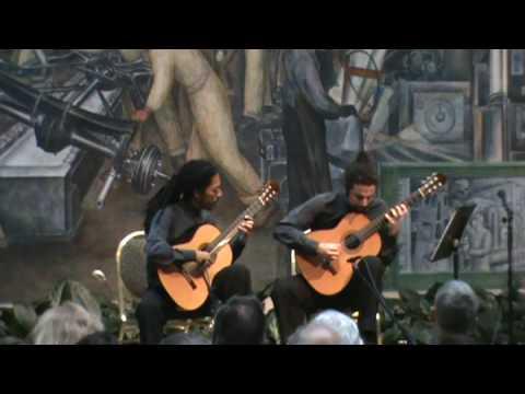 Brasil Guitar Duo - Dom Quixote - (Egberto Gismonti) - Arranjo de Jo�o Luiz