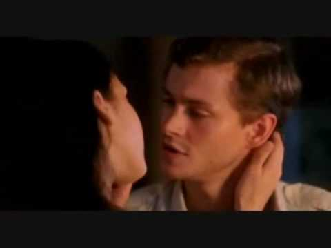 Make you feel my love - Bryan Ferry (The Sleeping Dictionary - Jessica Alba - Hugh Dancy)