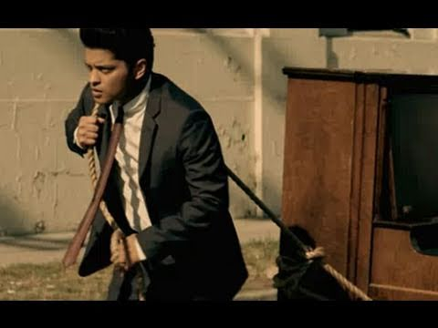 Bruno Mars - Grenade [Official Music Video Parody]
