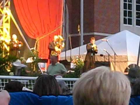 Joe Burgstaller, with Canadian Brass, plays La Virgen De La Macarena