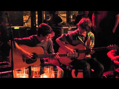 Gabri�l and Lars - Cannonball Rag (live in `De Kring`)