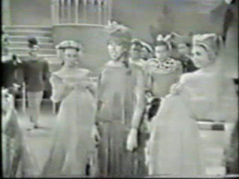 Carol Burnett - Shy (1964 Version)