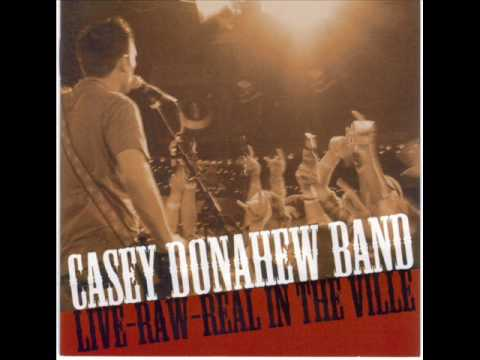 Let Me Love You (LIVE) - Casey Donahew Band