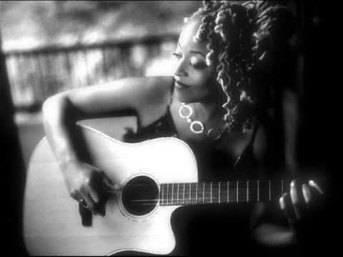 "Cassandra Wilson ""You Move Me"""