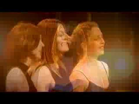 Celtic Woman - Si Do Mhaimeo I - Wealthy Widow